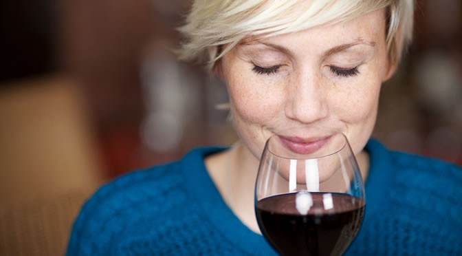 The Aperitif Effect: How Alcohol Makes You Eat More